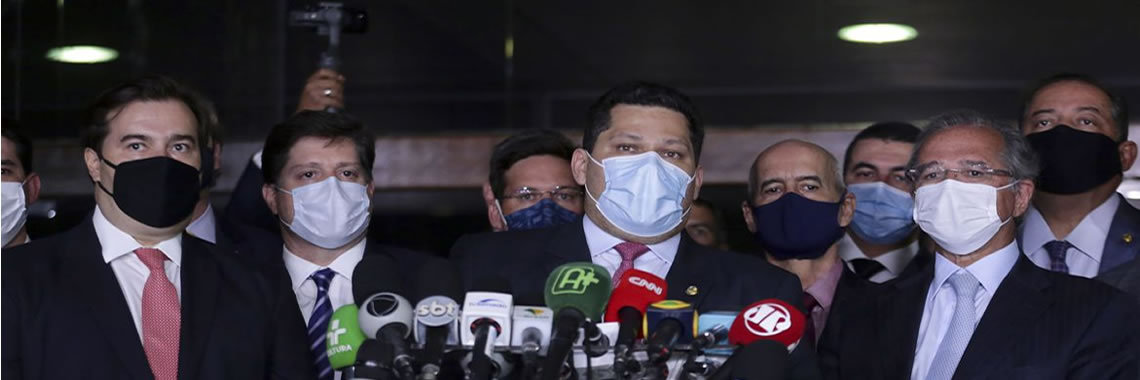 Guedes entrega proposta de reforma tributária ao Congresso