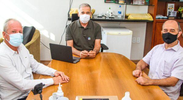 Liemar Pretti se reúne com o prefeito de Linhares Guerino Zanon